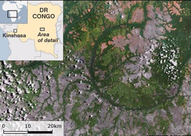 Cráter De Impacto En Congo
