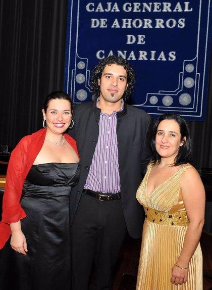 El solista Orlando Niz, premio Regional de Música 'María Orán' de CajaCanarias
