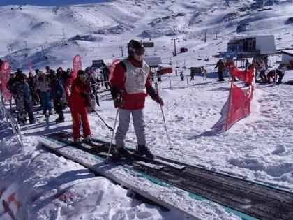La estación de Sierra Nevada abre con 81 kilómetros esquiables y espesores de nieve de cinco metros