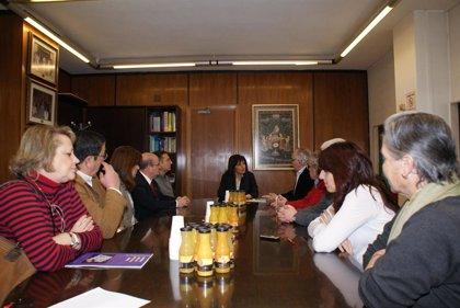 La alcaldesa de Albacete agradece a la FAVA el trabajo realizado