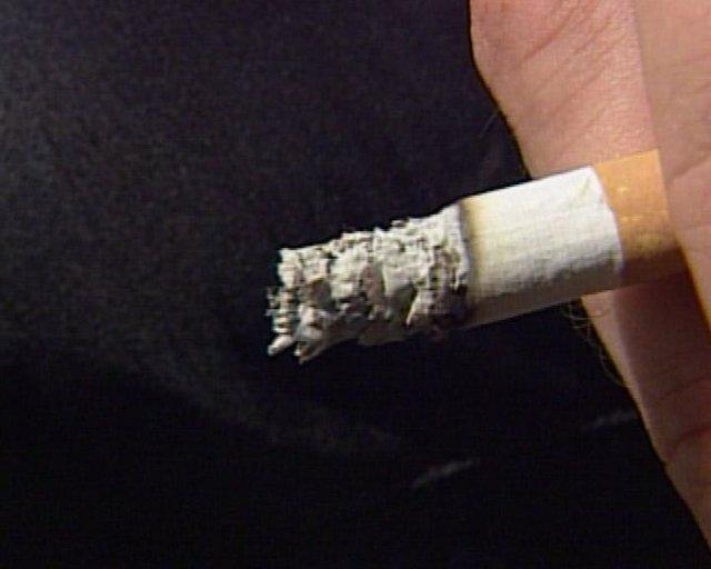 La ley anti-tabaco genera empleo, según hosteleros