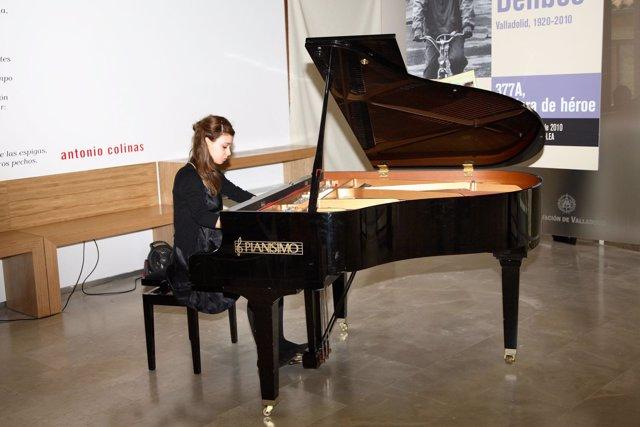 Actuación De La Pianista Milena Martínez En El Centro E-LEA De Urueña (Valladoli