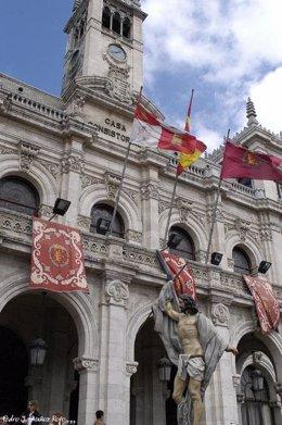 El Paso De Jesús Resucitado A Su Paso Por El Ayuntamiento De Valladolid