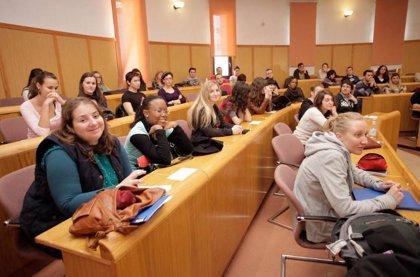 Extremadura convoca becas complementarias para prácticas en el extranjero de alumnos de FP del Programa Erasmus