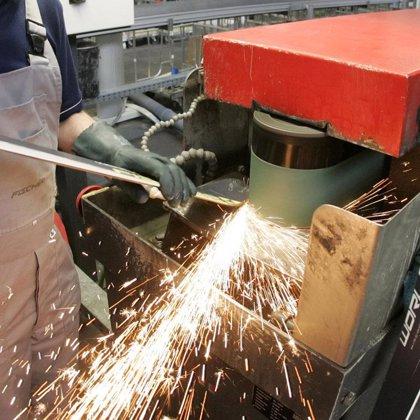 La producción industrial crece un 1,7 por ciento en febrero en Extremadura en términos interanuales