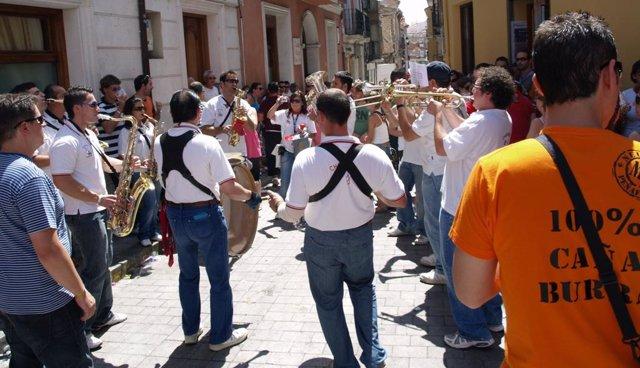 Imagen De La Concentración De Charangas 'Villa De Peñafiel'