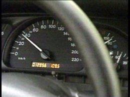 Cuenta Kilómetros De Un Vehículo