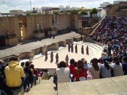 El Teatro Romano De Itálica Revive Como Escenario