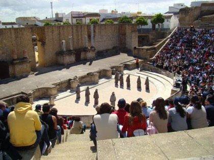 El teatro romano de Itálica acoge desde hoy el XIV Festival Juvenil de Teatro Grecolatino