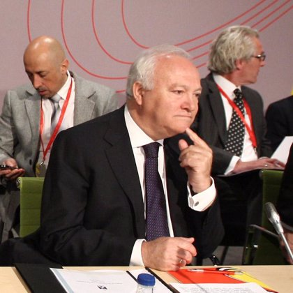 Moratinos firma un acuerdo con el Fondo de la ONU para la Mujer