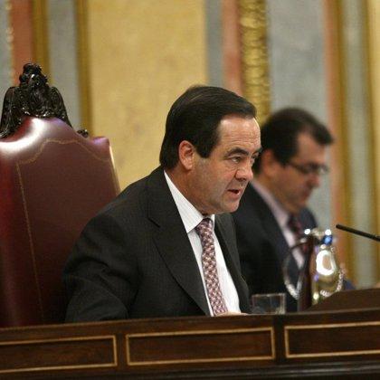 José Bono realiza mañana su primera visita oficial al Parlamento de Cantabria