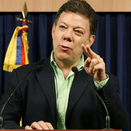 Santos guarda silencio ante la grave declaración de Chávez