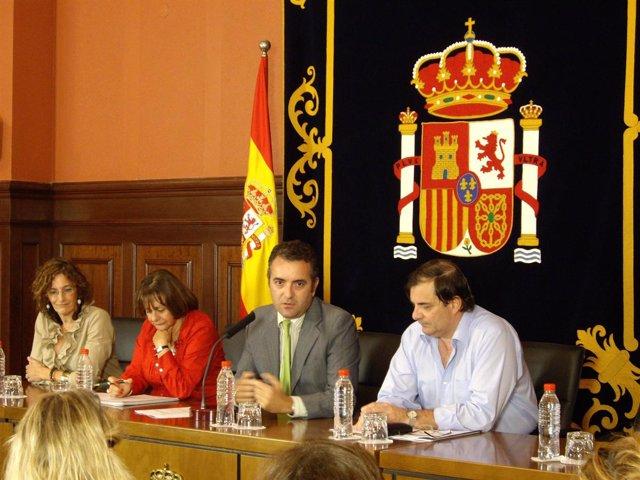 El  Subdelegado  Del Gobierno De España En Santa Cruz De Tenerife, José Antonio