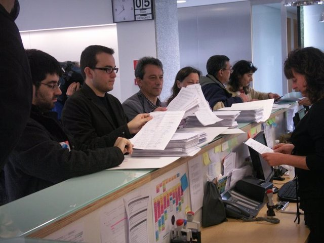 Entrega De Firmas De Queremos Galego