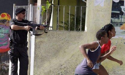 Mueren al menos seis personas por un tiroteo en una favela