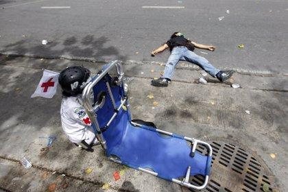 """Los 'camisas rojas' ofrecen su rendición y anuncian el """"fin de las protestas"""""""