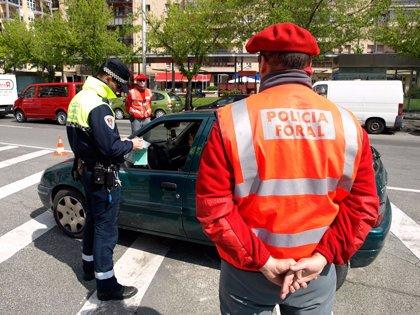 Denunciadas 38 personas en una campaña de controles de la Policía Foral y la Policía Municipal de Pamplona