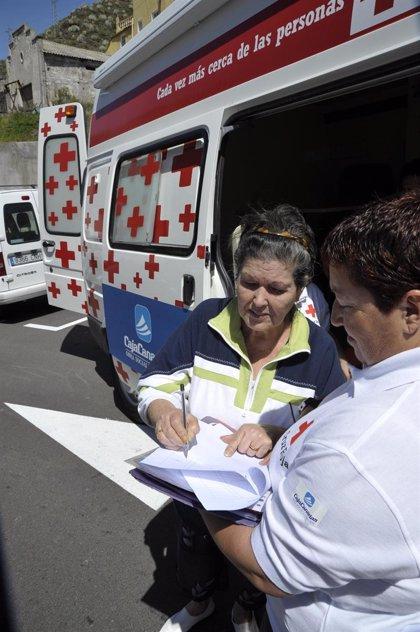Cruz Roja atiende a más de 200 personas sin recursos en los primeros cuatro meses del año en Santa Cruz de Tenerife