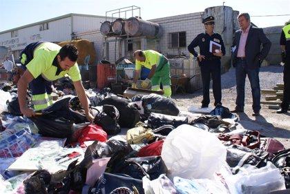 La Policía decomisa en 2009 casi 9.000 artículos ilegales en Motril