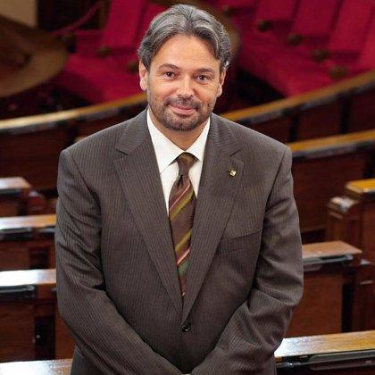El Parlament pide al TC que suspenda el proceso hasta renovarse o se declare incompetente