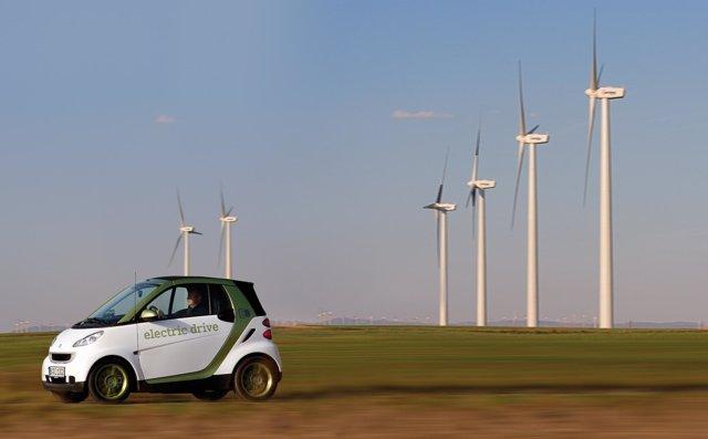 Acuerdo Mercedes-Benz Y Acciona Para Impulsar El Coche Eléctrico