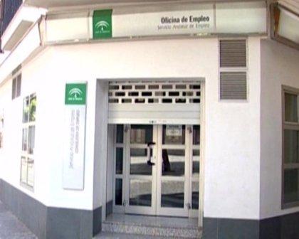 La cifra de parados en Andalucía baja en 10.849 personas en mayo, un 1,23% menos respecto a abril