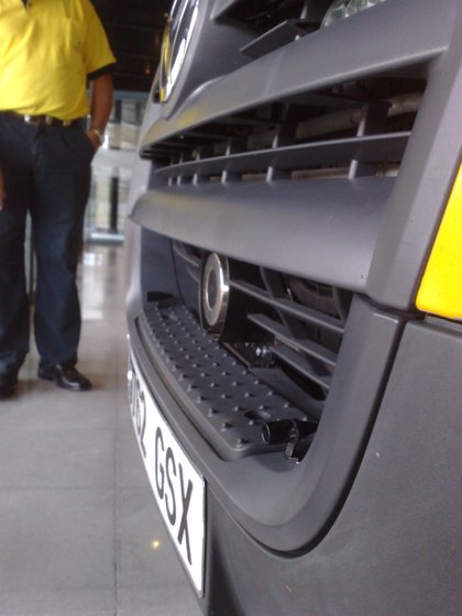 Innova.- Ambuibérica instala en sus vehículos un sistema de inhibidores sonoros para evitar accidentes con animales