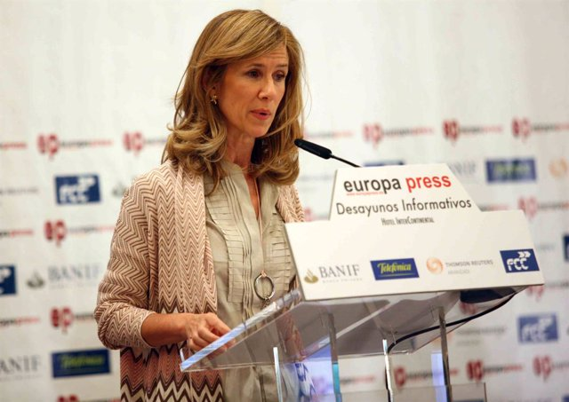 Cristina Garmendia en los Desayunos de Europa Press