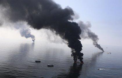 La Casa Blanca dice que BP tiene dinero para cubrir los daños