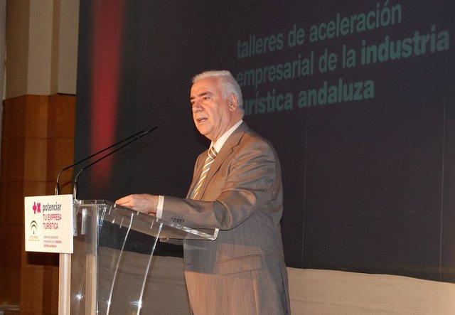 Alonso en las jornadas de aceleración empresarial de Málaga