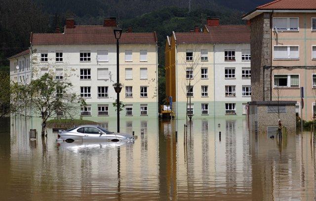 Inundaciones en Arriondas Asturias temporal