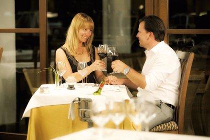 COMUNICADO: Fuerte Marbella celebra la Noche de San Juan con una cena frente al mar