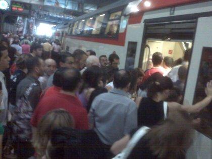 Economía.- Cercanías Renfe refuerza su servicio en Madrid con 30 trenes para hacer frente a los paros totales de Metro