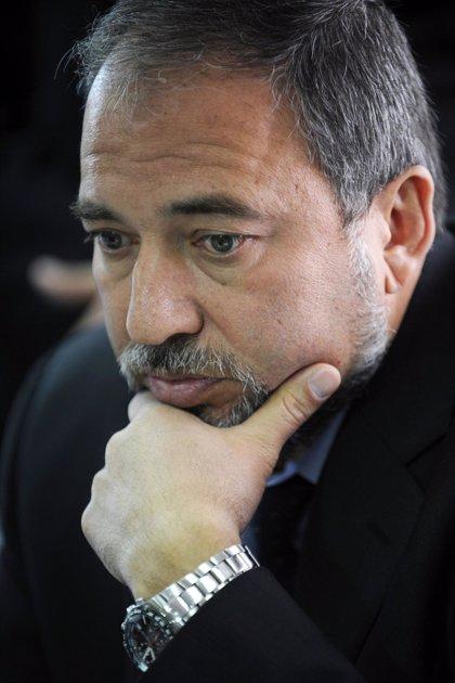 Lieberman ataca a Netanyahu por mandar un enviado a conversar con Turquía