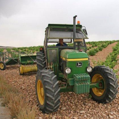 Convocadas ayudas para renovar el parque nacional de maquinaria agrícola y fomento de nuevas tecnologías
