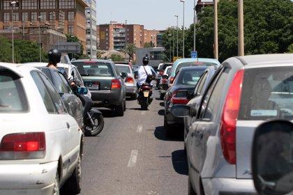 El tiempo perdido en los atascos de la capital equivale a una semana entera de vacaciones al año, según Pedro Calvo