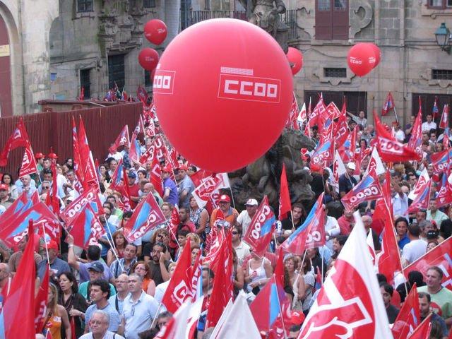 Comisiones Obreras durante una manifestación