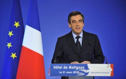 Fillon insta a todos los ministros y secretarios de Estado a limitar sus gastos