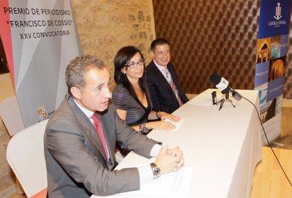 El periodista berciano Luis del Olmo, premio Cossío 2010 a la 'Trayectoria Profesional'