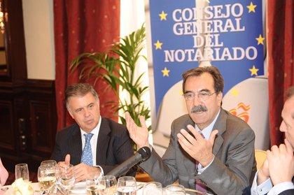Economía/Turismo.- Emilio Ontiveros ve en el sector turístico la vía para recuperar el empleo