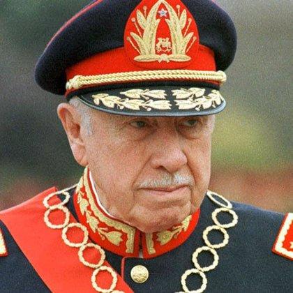 Chile reduce la cadena perpetua dictada al jefe de los servicios secretos de Pinochet