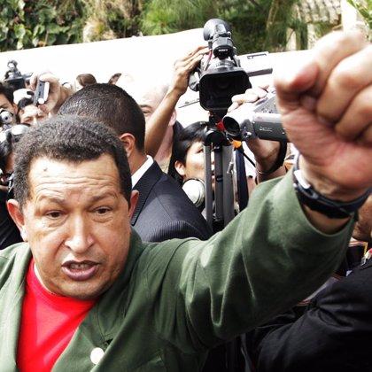 """Chávez exige al Gobierno de Uribe que cese en sus """"agresiones"""" a Venezuela"""
