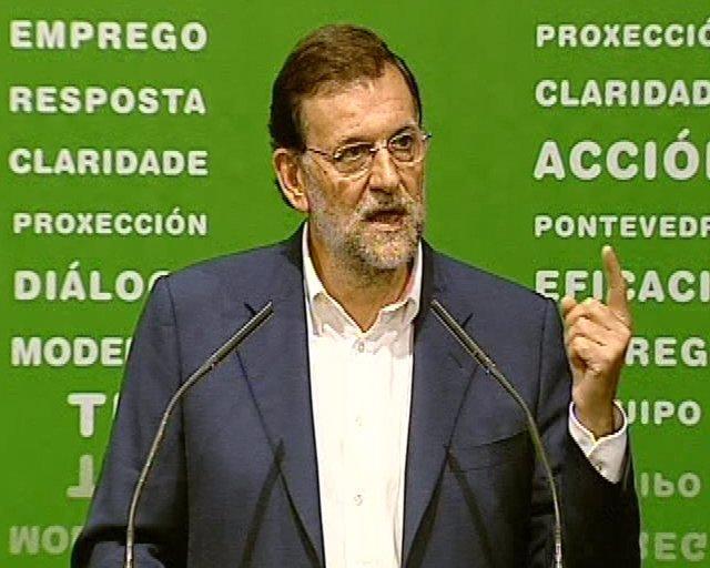 """Rajoy acusa a Zapatero de """"frivolidad"""""""