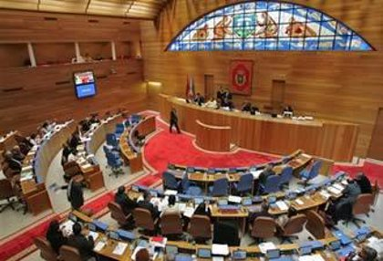 Los grupos debaten este miércoles si Feijóo comparece en pleno por la crisis y la autovía Carballo-Berdoias