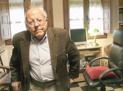 Una muestra rendirá homenaje a Jiménez Lozano en Valladolid a través de una selección de imágenes y textos de sus obras