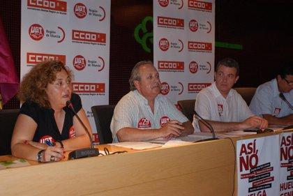 Más de 300 delegados sindicales y trabajadores de UGT y CCOO del Reina Sofía analizan la reforma y la huelga