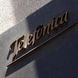 telefonica edificio sede central placa