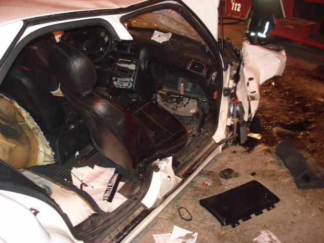 Un coche accidentado en Galicia.