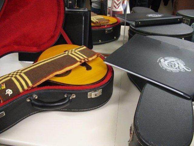 Instrumentos de la Orquesta Nuestra Señora de Tejeda de Valencia.