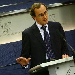 El portavoz adjunto del Grupo Popular en el Congreso, Alfonso Alonso